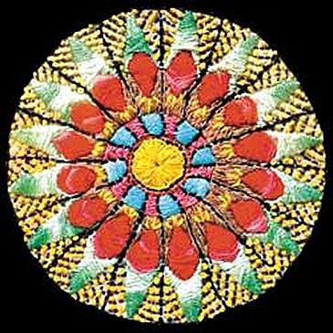 As mandalas bordadas à mão de Nice Firmeza
