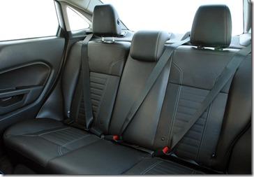 New Fiesta Sedan 2014 (43)