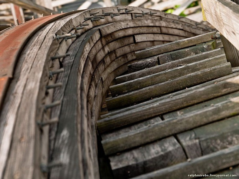 wooden-rollercoaster-18