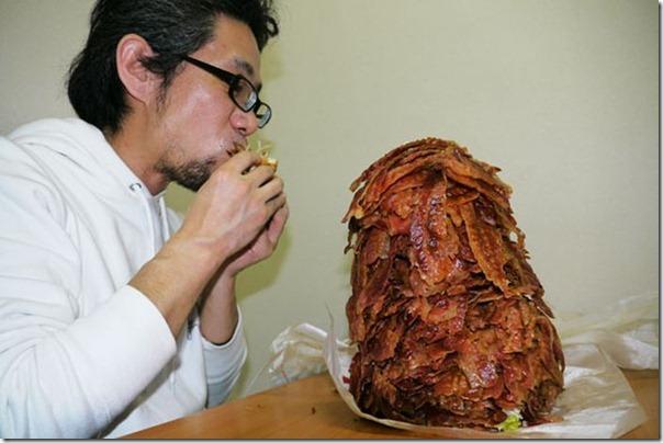 Hamburguer com 1.050 tiras de bacon (7)