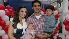 candinha - foto 2 - Kaká, Caroline Celico e filhos