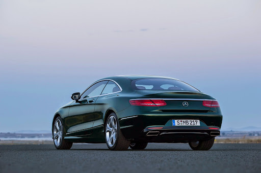 Mercedes-S63-AMG-Coupe-08.jpg