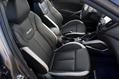2013-Hyundai-Veloster-Turbo-25
