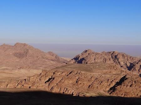 01. Panorama Petra.JPG