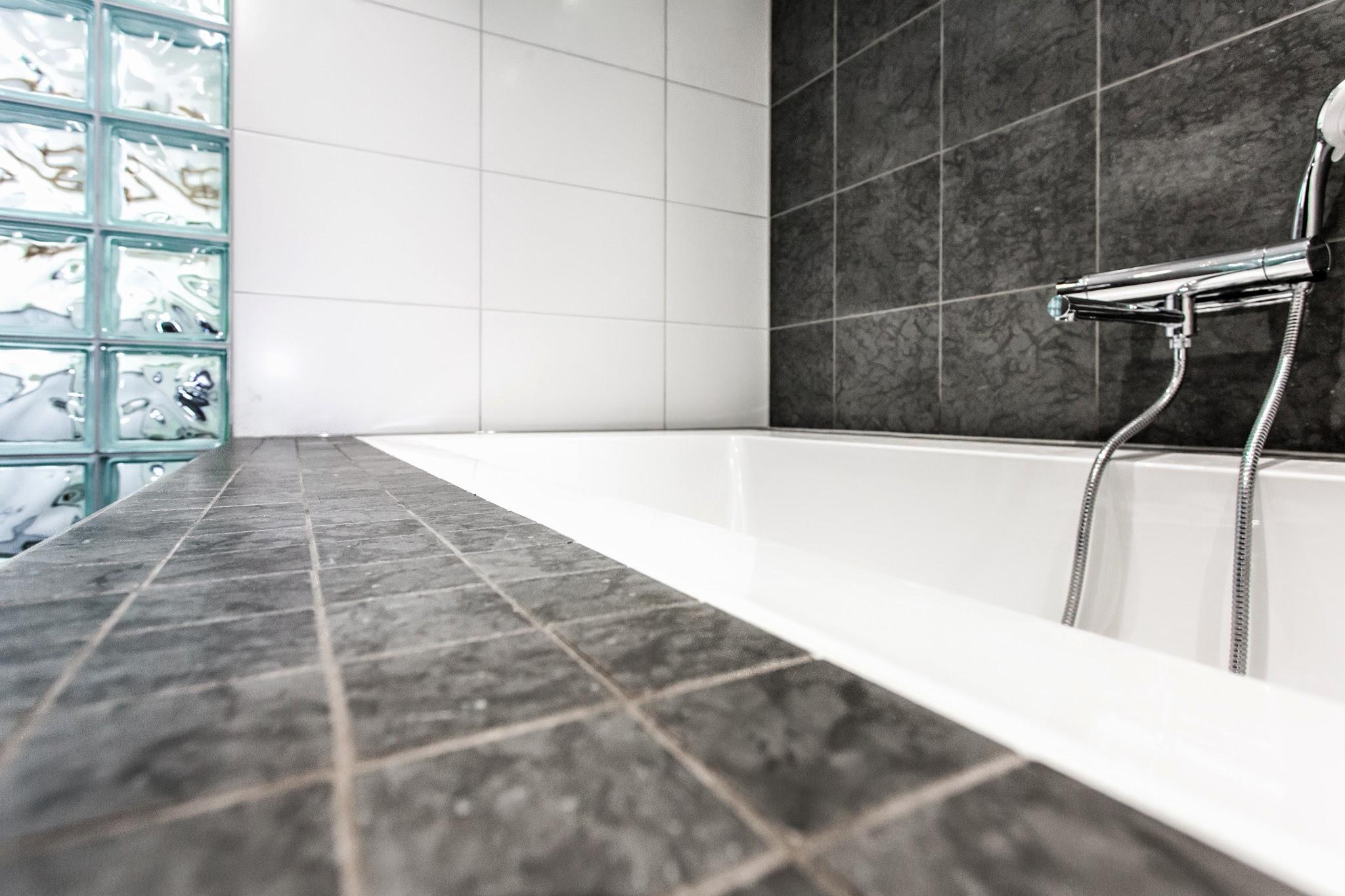 Badrum glasvägg ~ xellen.com
