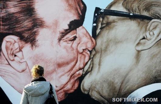 berlin-wall_1507399i_thumb[1]_thumb