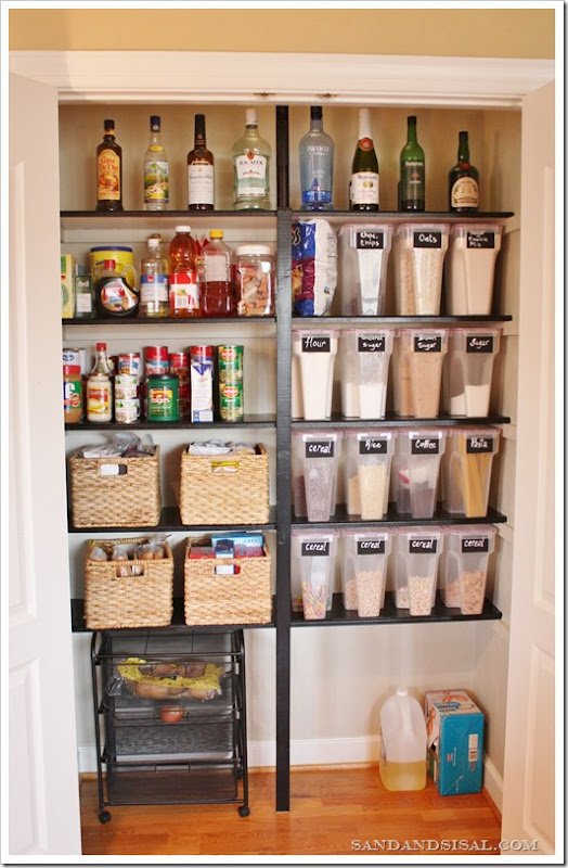 organized pantry3