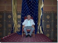 2011.07.24-008 Didier dans la salle des états généraux
