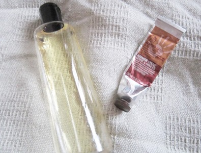 neutrogena body oil and tbs hand cream, bitsandtreats