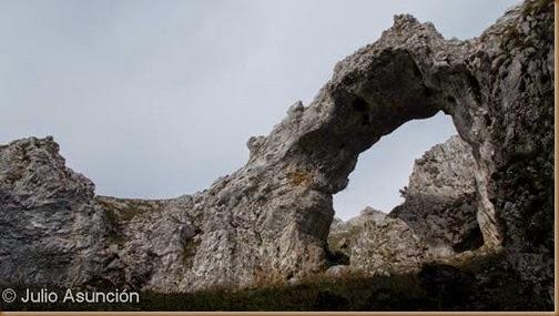 Arco de Portupekoleze - Sierra de Urbasa