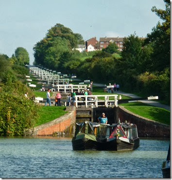 leaving bottom lock of the main flight