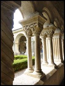 v church capitals