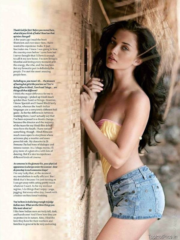 Amy Jackson Latest Hot Pics in Short Jeans 4