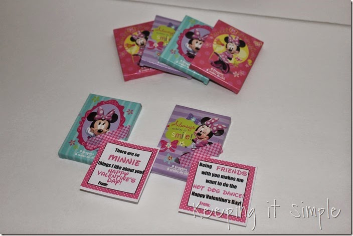 Easy No Candy Minnie Mouse Valentine with Printable (5)