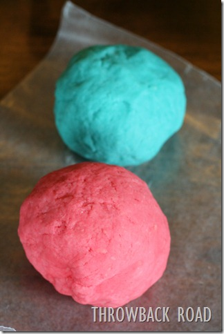 homemade play dough 009