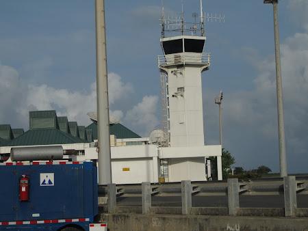 27. turn control aeroport St. Lucia.JPG
