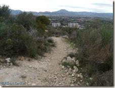 Sendero que lleva al poblado de la Serra Grossa - Alicante