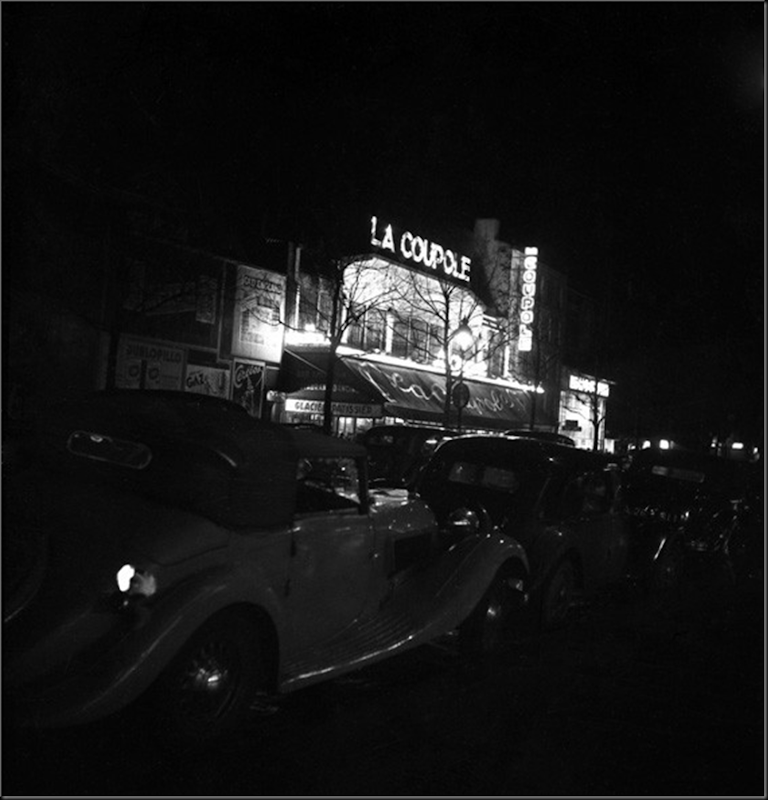 Emile Savitry     Bar de La Coupole de nuit, Montparnasse, Paris      c.1935