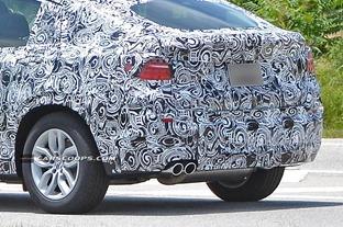 2014-BMW-X4-17