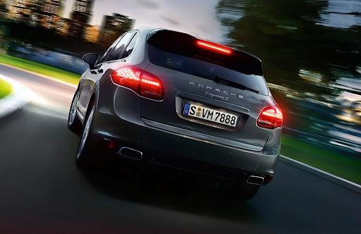2013-Porsche-Cayenne-S-Diesel-09.jpg