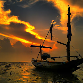 stay morning by Ahmadz ' - Instagram & Mobile Other ( landscape*kenjeran*beach*surabaya )