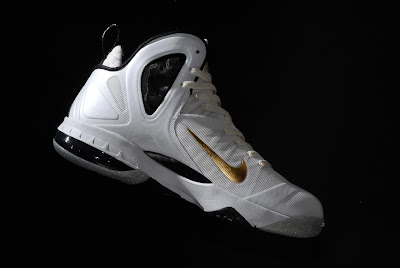 nike lebron 9 ps elite white gold home 9 11 kenlu LeBron 9 P.S. Elite White/Gold (Home) & Black/Gold (Away)