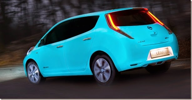 nissan-glow-in-dark-3