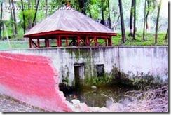 इशवार निशात श्रीनहर में श्री रणबीरेशवर मन्दिर तोड़ा हुआ