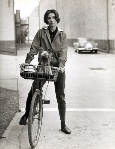Audrey Hepburn on her bike at Paramount Studios, 1957. Scanned by jane for Dr. Macro's High Quality Movie Scans website: http://www.doctormacro.com. Enjoy!
