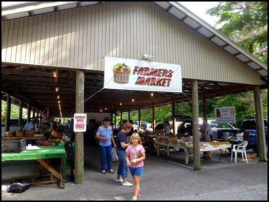 02 - Farmers Market - Crossville, TN