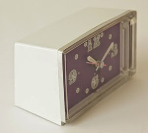 Diehl Mini clock battery operated alarm clock purple face side 2