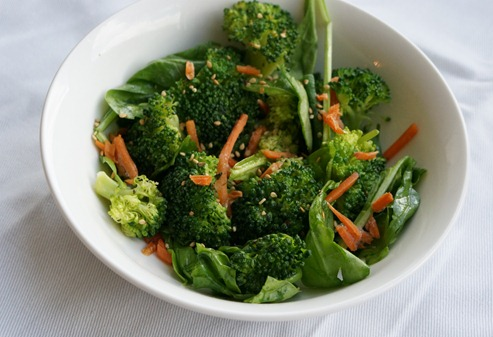 Vegan Broccoli Salad - Quick way to switch up your veggies