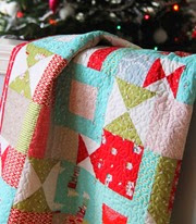 Cluck Cluck Sew, Christmas Quilt 2013_thumb[4]