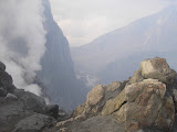 Peering into Merapi's crater (Daniel Quinn, October 2011)