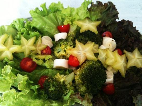 Resultado de imagem para salada funcional de brocolis e alface