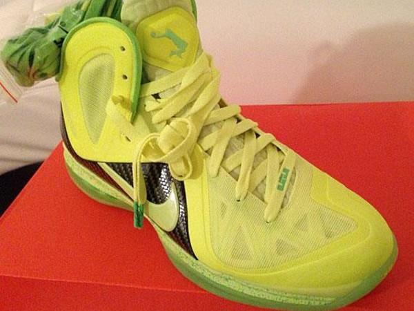 Nike LeBron 9 PS Elite 8220Tennis Balls8221 X Volt Dunkman
