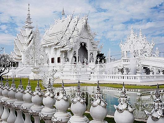 belyj-xram-vat-rong-kxun-tajland-12