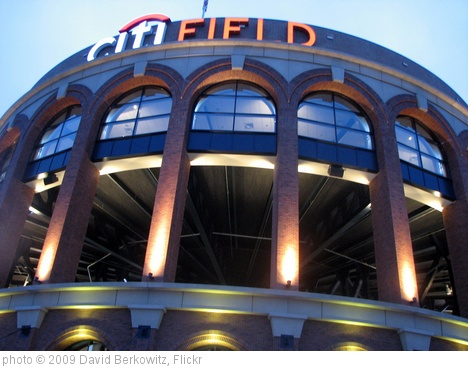 'Citi Field June 10, 2009' photo (c) 2009, David Berkowitz - license: http://creativecommons.org/licenses/by/2.0/