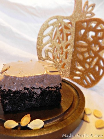 chocolate pumpkin wacky cake