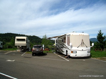 Site 9, Umpqua Golf and RV Resort