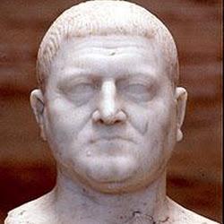 93 - Busto de ciudadano de Merida en epoca de los Flavios