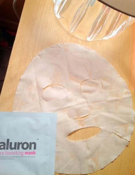 Hydraluron-Moisture-Boost-Mask-open