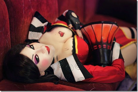 mad-moxxi-cosplay-003