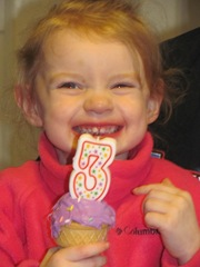 3rd birthday Bella 2013 Bellz w cupcake3