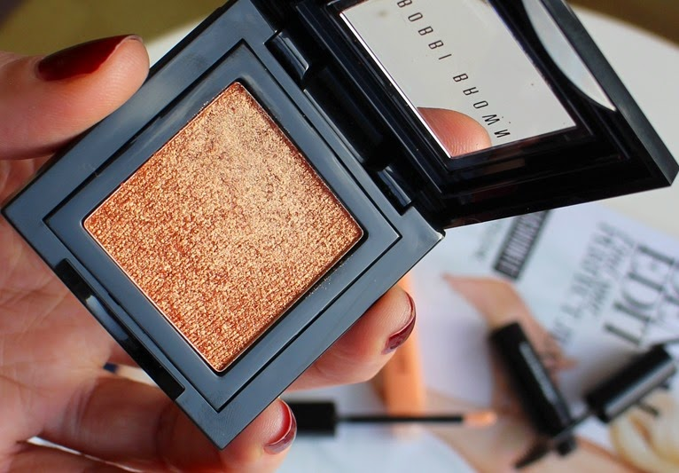 Bobbi-Brown-Golden-Peach-Sparkle-Eye-Shadow