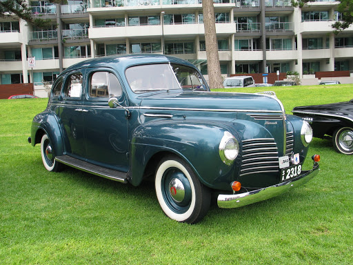 1940 Plymouth P9 sedan