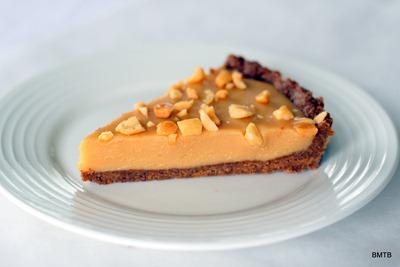 Peanut Butter Marshmallow Tart Slice - Yum!
