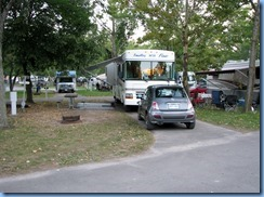 7780 Lundy's Lane - Niagara Falls KOA - motorhome and rental Fiat