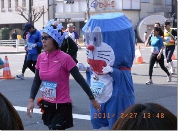 tokyo-marathon-costumes-32