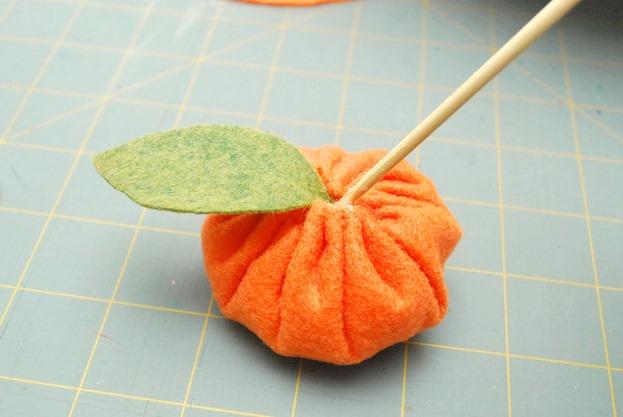 TangerineWreath7